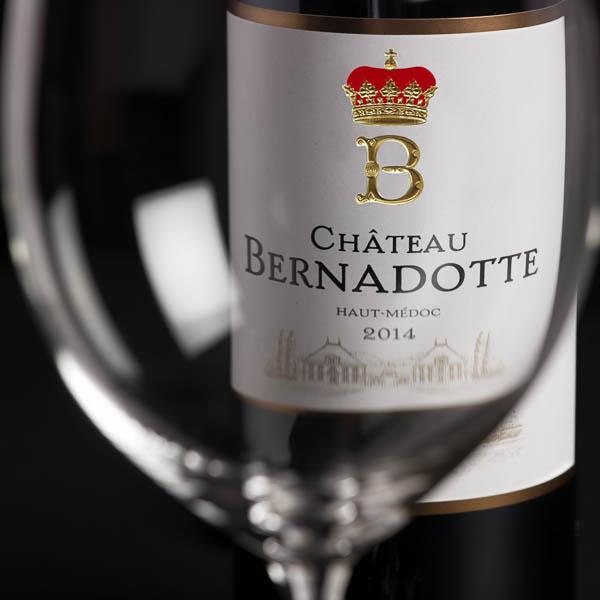 Photographie d'ambiance en studio dans le cadre d'un reportage corporate sur Bordeaux.