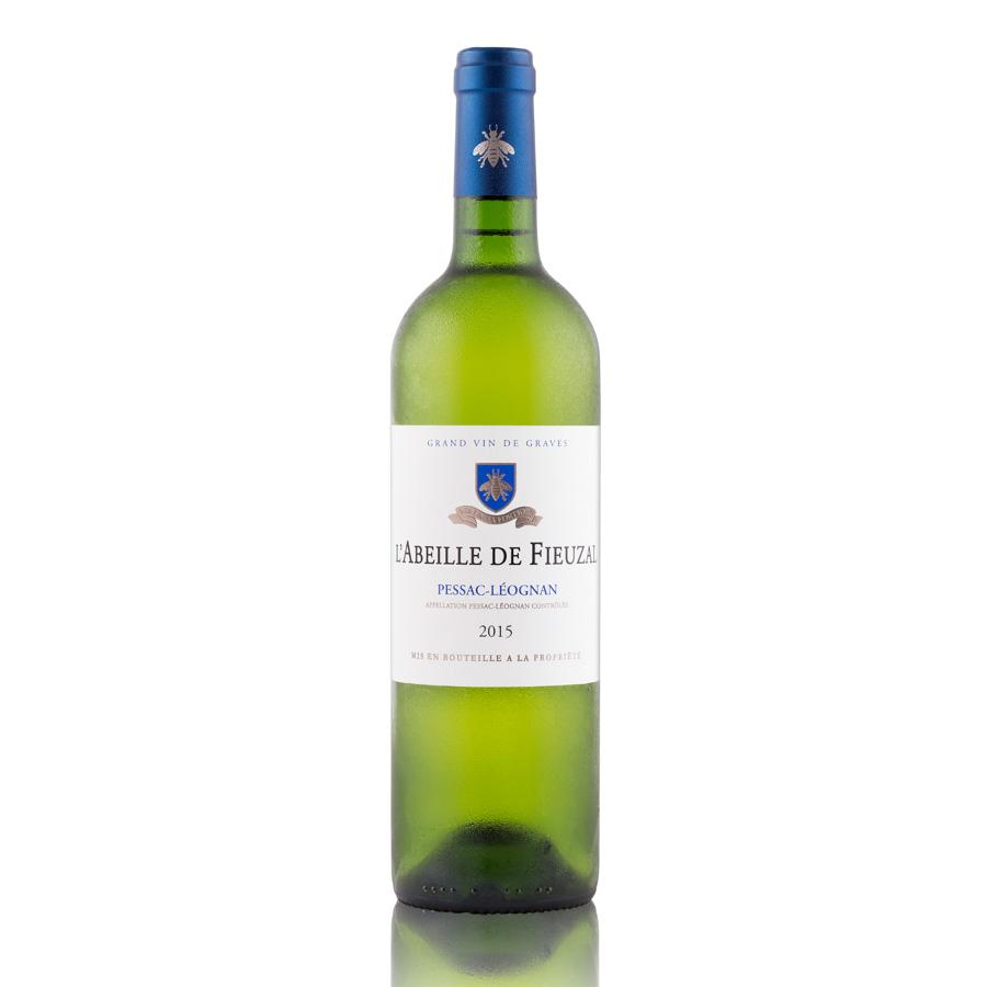 Packshot d'une bouteille de vin Péssac-Léognan